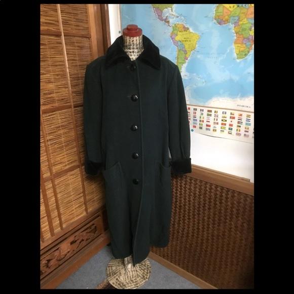 be50149dc7f Vintage YSL Wool coat w velvet Yves Saint Laurent.  M_5b9b2396035cf162ca6635cd